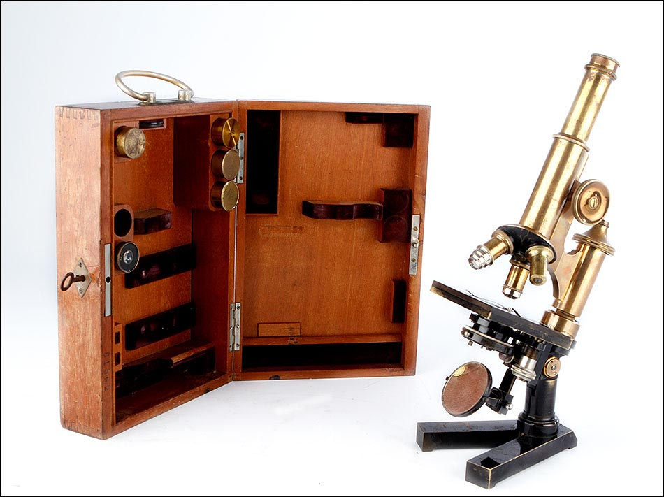 microscopio Leitz Antiguo