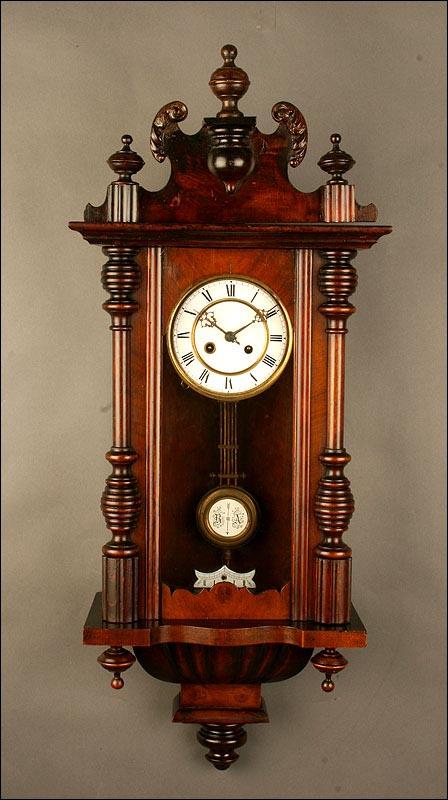 Reloj de pared de madera de principios del siglo xx muy for Relojes de pared antiguos de pendulo