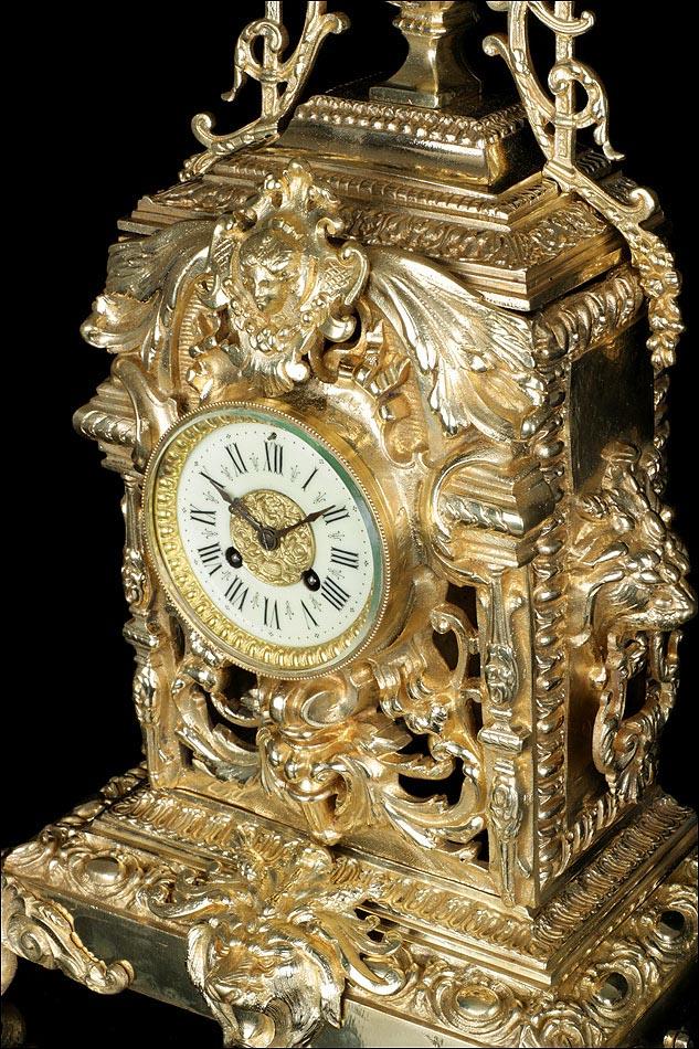 Antiguo Reloj De Sobremesa De Bronce Asas De Le N